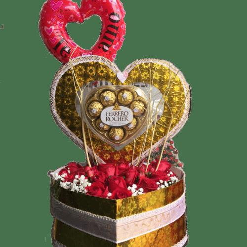 Caja de rosas rojas, acompañadas de corazón en globo y chocolates en Bogotá