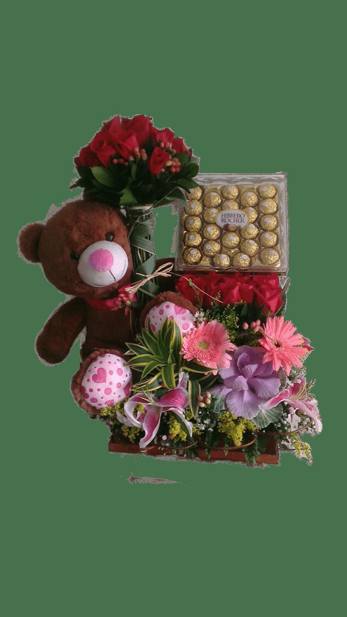 Peluche, chocolates y flores