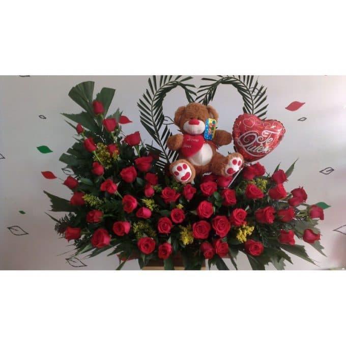 Regalo de rosas rojo para enamorados, peluche y globos en forma de corazón
