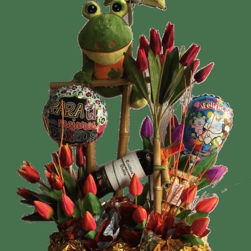 Regalo de novios, con peluche, flores y globos