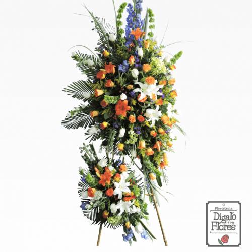 arreglo floral fúnebre multicolor